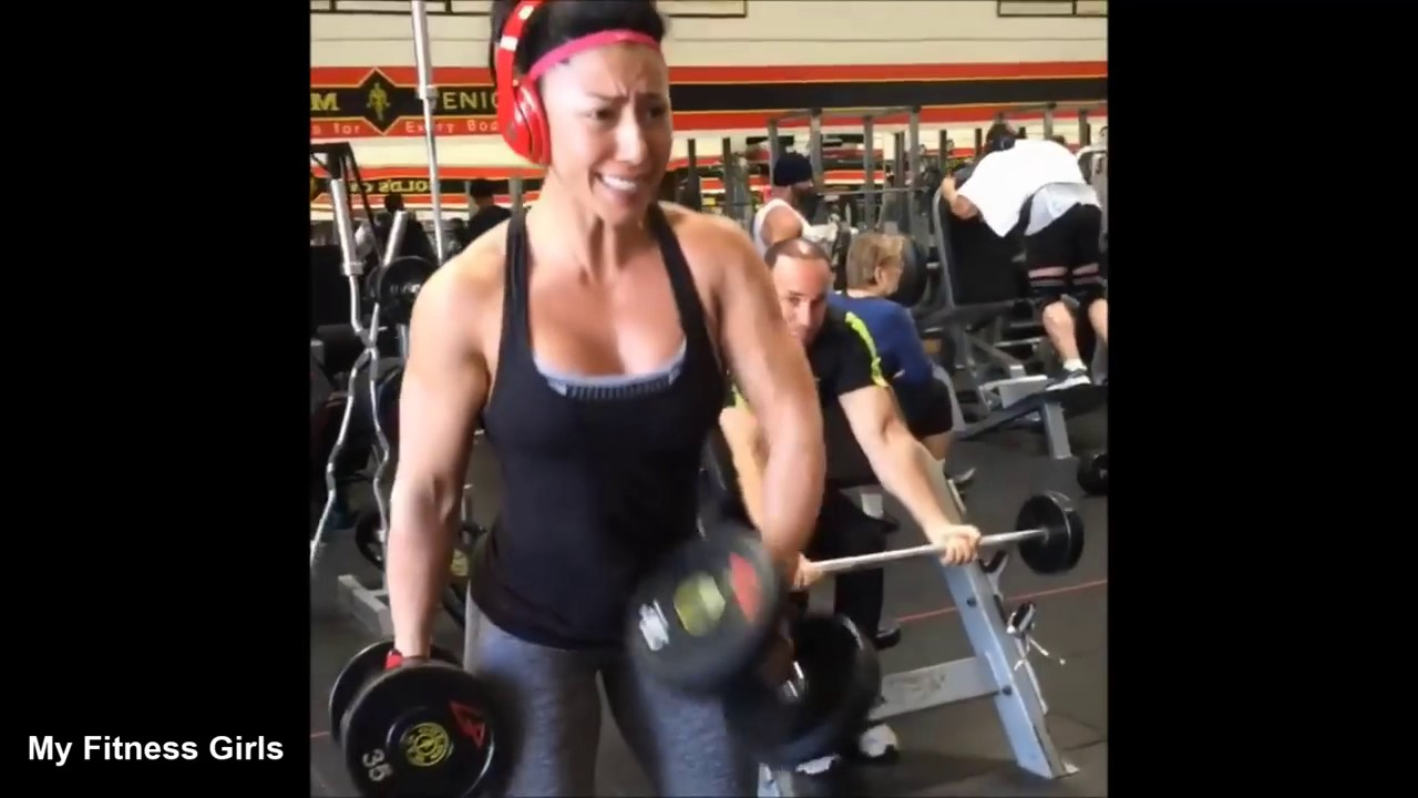 STEPHANIE ROWE Fitness Model Sculpting Workout Build ...