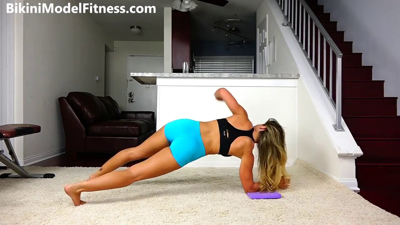 Girls Insane Six Pack Abs Workout!! · YourFitnessNews.com