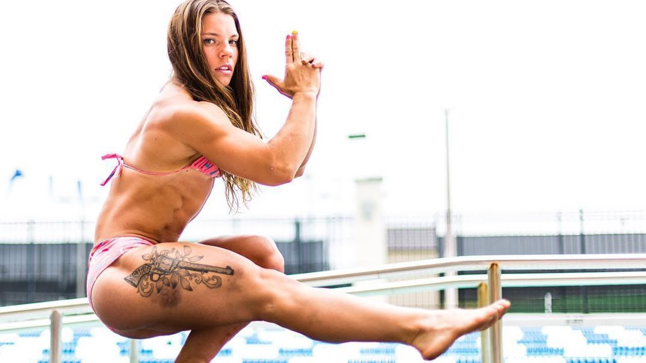 The best female fitness workout and calisthenics